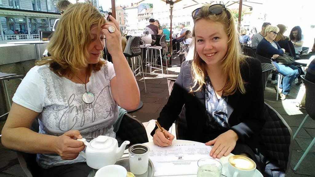 Mojca Pinteric (left) and Froukje Zuidema of the Embassy of the Netherlands in Slovenia were among the first to sign the petition.